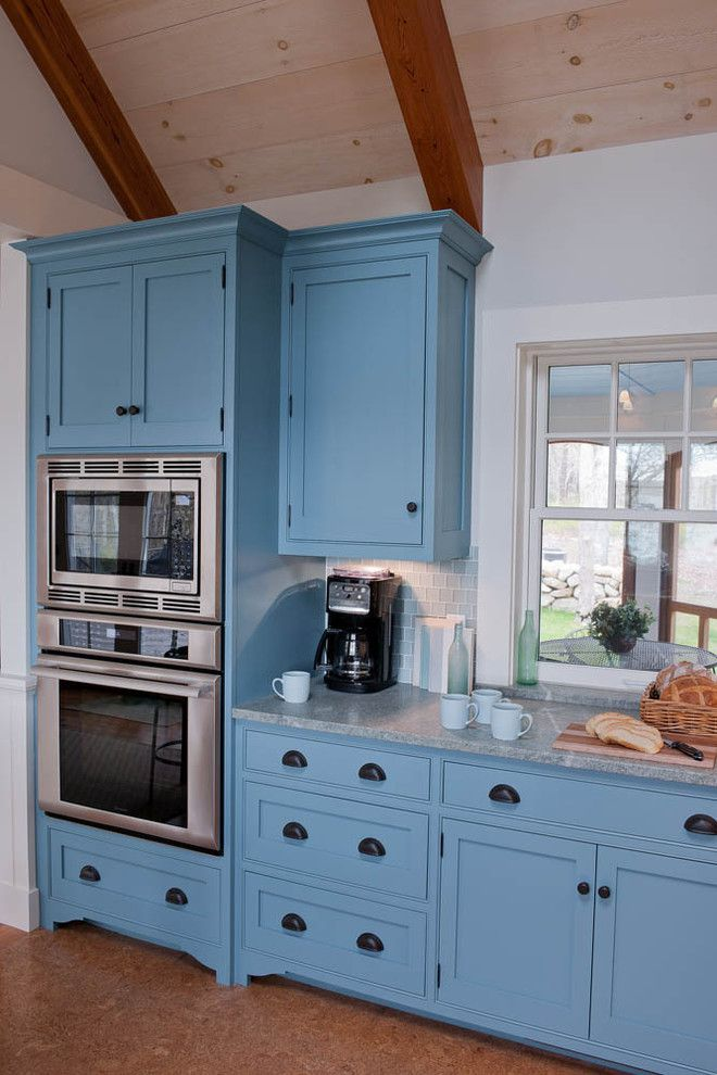 Akdo for a Beach Style Kitchen with a Vaulted Ceiling and Beautiful Blue Waterfront Cottage, Martha'S Vineyard by Elizabeth Swartz Interiors