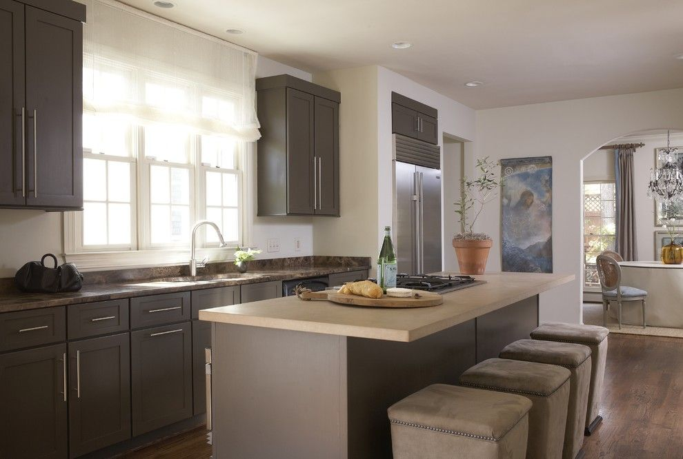 Albert Lee Appliance for a Contemporary Kitchen with a Kitchen Island and Vestavia Hills House by Dana Wolter
