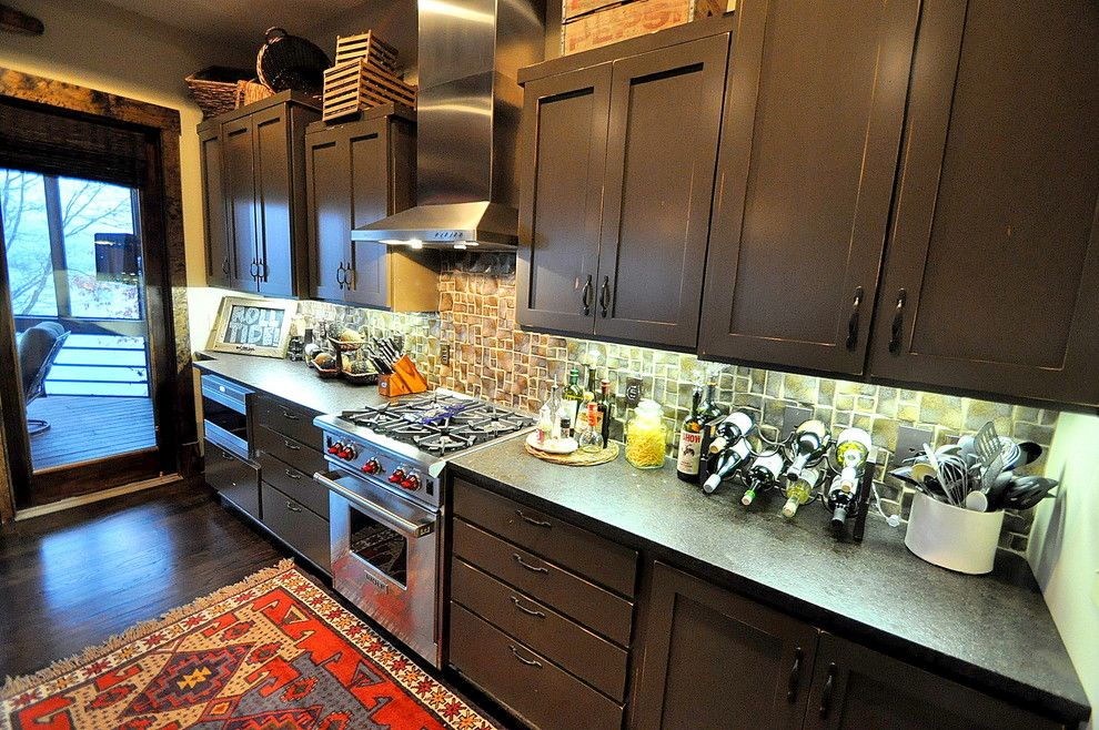 Allsouth Appliance for a Traditional Kitchen with a Dark Hardwood Floors and Smith Lake Project by Allsouth Appliance Group, Inc.