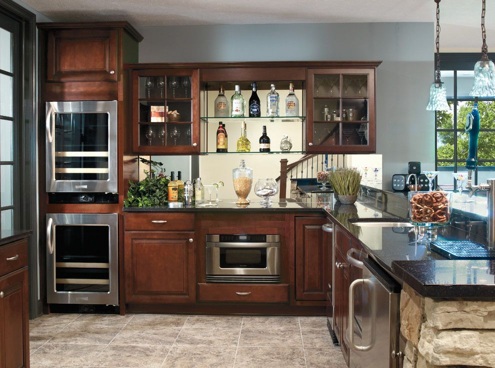 Aristokraft Cabinets for a Traditional Kitchen with a Cabinets and Aristokraft Cabinets by Hager Cabinets Inc.