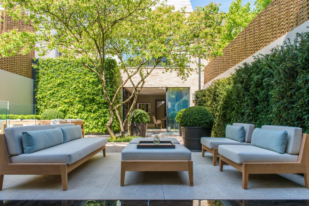Ashley Furniture Reno for a Contemporary Patio with a Garden Sofa and Notting Hill House by Nash Baker Architects