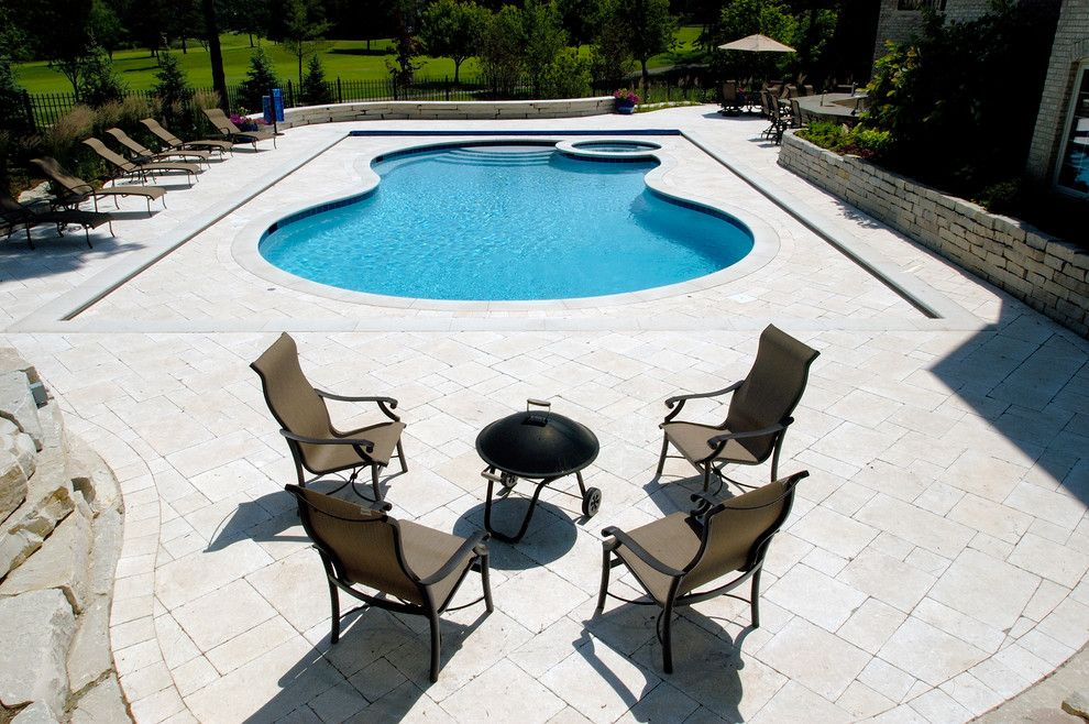 Barrington Pools for a Traditional Pool with a Barrington Automatic Pool Cover and North Barrington, Il Freeform Pool and Spa with Picture Frame Automatic Cover by Platinum Poolcare