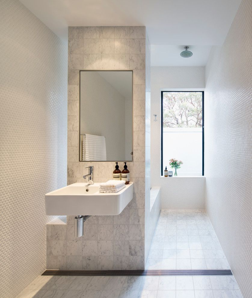 Bathroom Layouts for a Contemporary Bathroom with a Mosaic Wall Tile ...