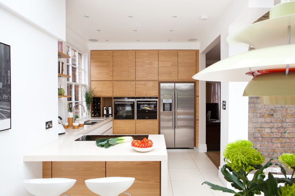 B&b Appliance for a Contemporary Kitchen with a Bedford Park and Fielding Road by Hamilton King