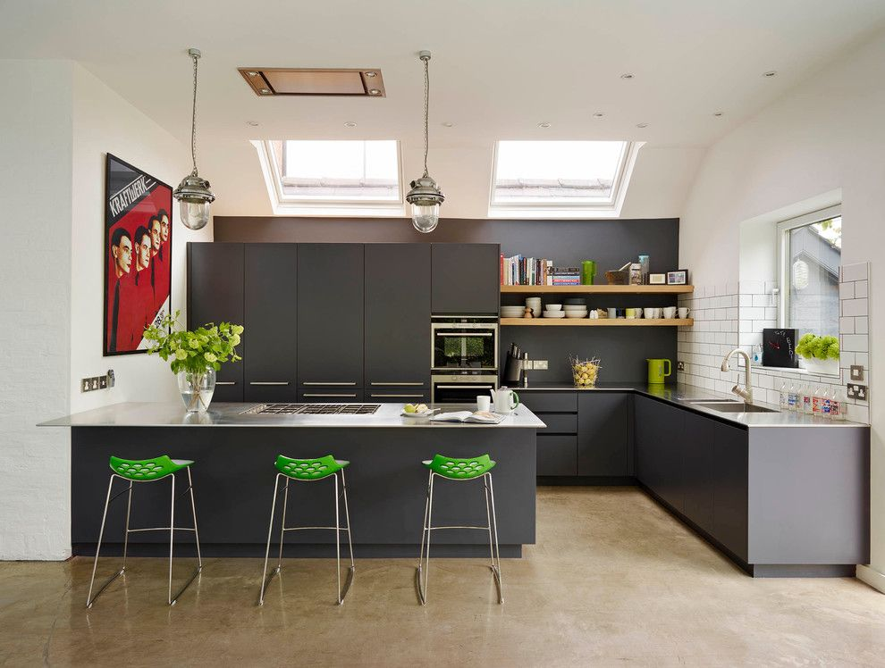 B&b Appliances for a Contemporary Kitchen with a Bespoke Kitchen Storage and Roundhouse Contemporary Kitchens by Roundhouse