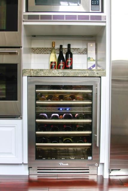 B&b Appliances for a Contemporary Spaces with a Contemporary and True Residential Customer Photos by B&b Appliance