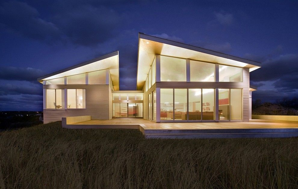 Bega Lighting for a Modern Exterior with a Views and Modern Beach Home by Zeroenergy Design
