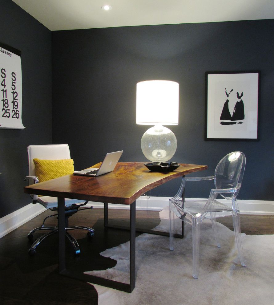 Benjamin Moore Hale Navy for a Contemporary Home Office with a My Houzz and My Houzz: The Richards' Re Build by Jenn Hannotte / Hannotte Interiors