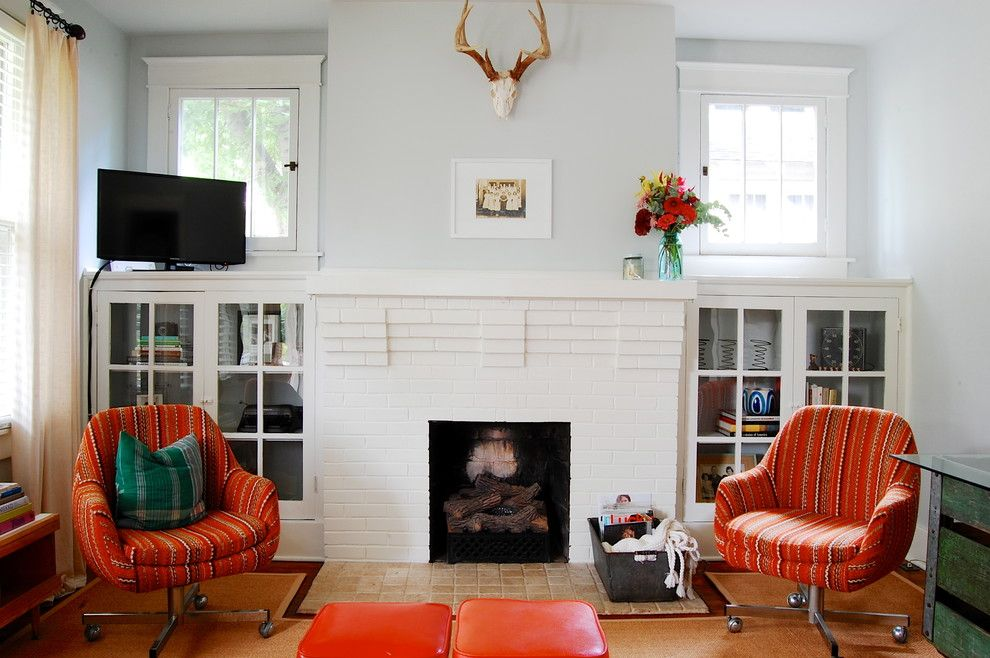 Benjamin Moore Moonshine for a Craftsman Living Room with a Red Chairs and My Houzz: Modern Meets Vintage in This Eclectic Nashville Home by Corynne Pless