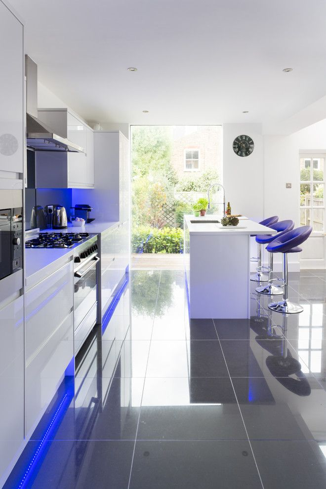 Best Buy Grapevine for a Contemporary Kitchen with a Kitchen and Southfields Kitchen by Apd Interiors