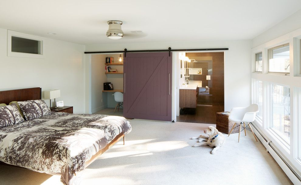 Better Built Barns for a Midcentury Bedroom with a Office Area and Hornstein Residence by Design Platform