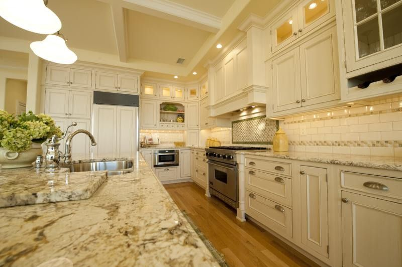 Bianco Romano Granite by Monetti Custom Homes