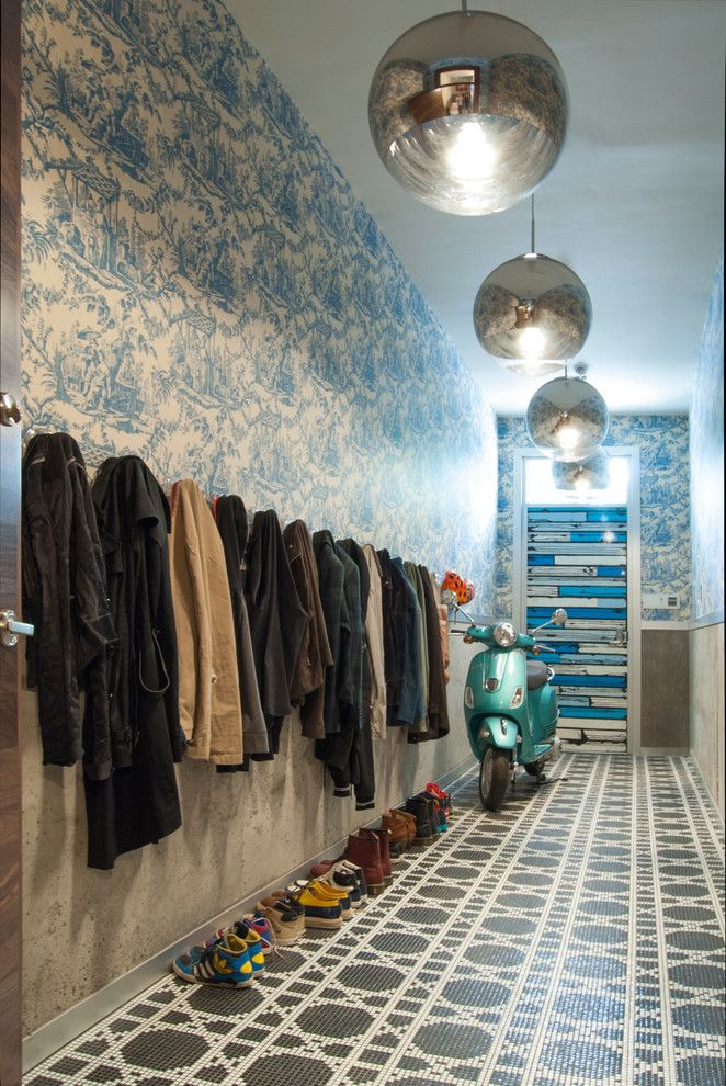 Bisazza for a Contemporary Entry with a Wallpaper and My Houzz: A Basketball Court, a Rooftop Kitchen and More in Manhattan by Adrienne Derosa