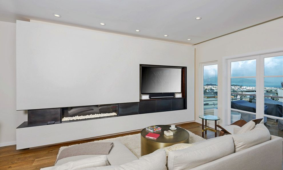 Blackened Steel for a Contemporary Living Room with a City Views and Uptown by Leo Claudio Cabinets
