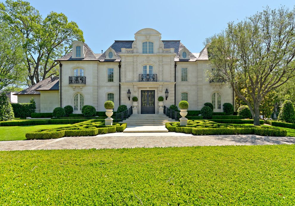 Blueprint Dallas for a Traditional Exterior with a Cast Stone and Formal Residential Estate & Garden by Harold Leidner Landscape Architects