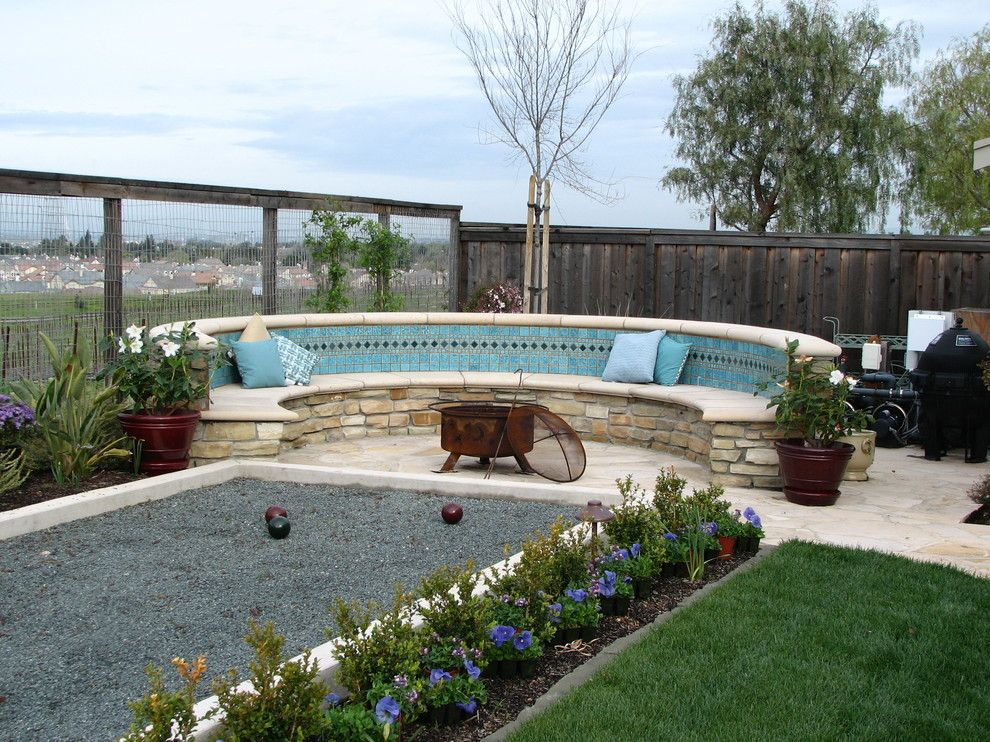 Bocce Ball Court for a Contemporary Patio with a Bocce and California Casual by John Montgomery Landscape Architects