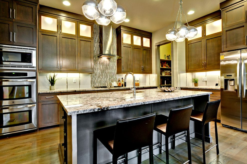 Boise Hunter Homes for a Contemporary Kitchen with a Double Oven and