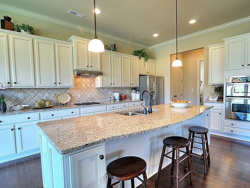 Bonterra Builders for a Traditional Kitchen with a Cabinets and Interiors by Bonterra Builders
