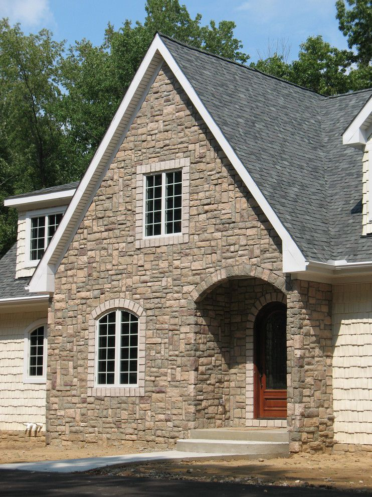 Boral Cultured Stone for a Traditional Exterior with a Archway and Boral Cultured Stone - Cobblefield by Brighton Stone & Fireplace, Inc.