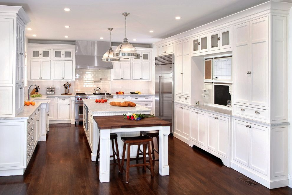 Builders Appliance Center for a Traditional Kitchen with a White Countertop and Kuche + Cucina by Signature Kitchens & Baths Magazine
