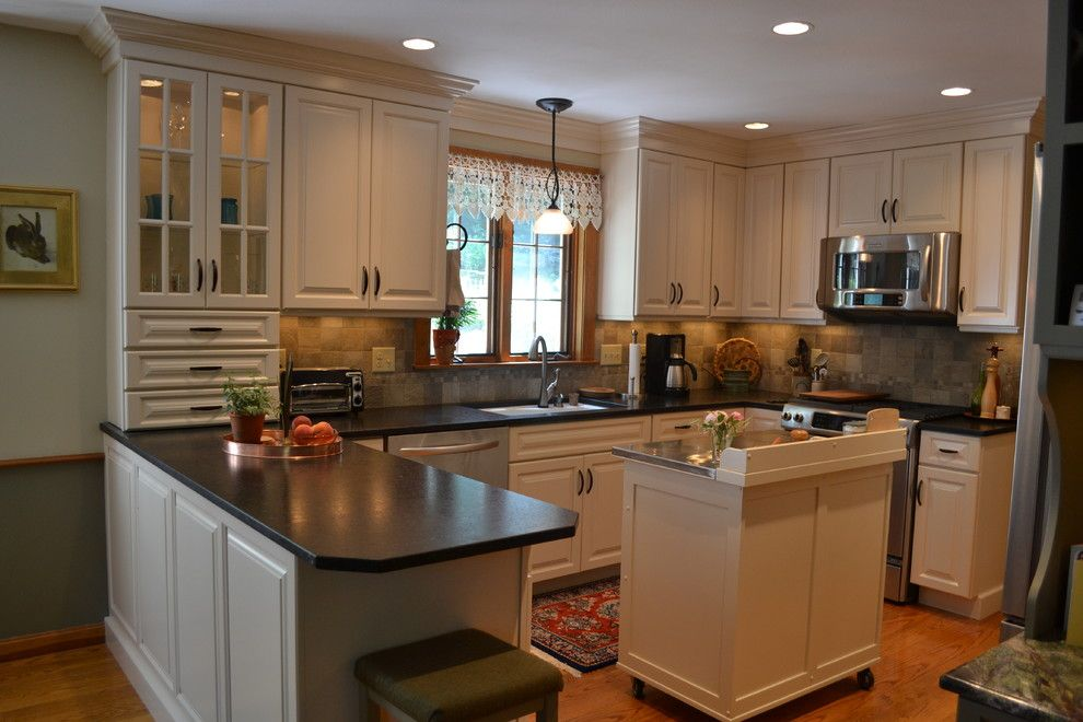 Cabico Cabinets for a Traditional Kitchen with a Tile Backsplash and Camelot Drive Kitchen, Bedford by Granite State Cabinetry