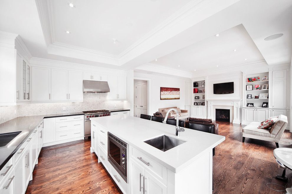 Cabico Cabinets for a Transitional Kitchen with a Light and New Build by Davisville Kitchens