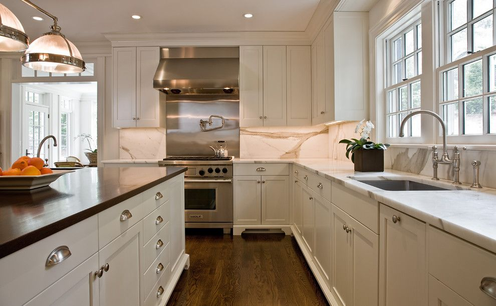 Cabinet Knob Placement for a Traditional Kitchen with a Shaker Style and Upscale Elegance by Dalia Kitchen Design