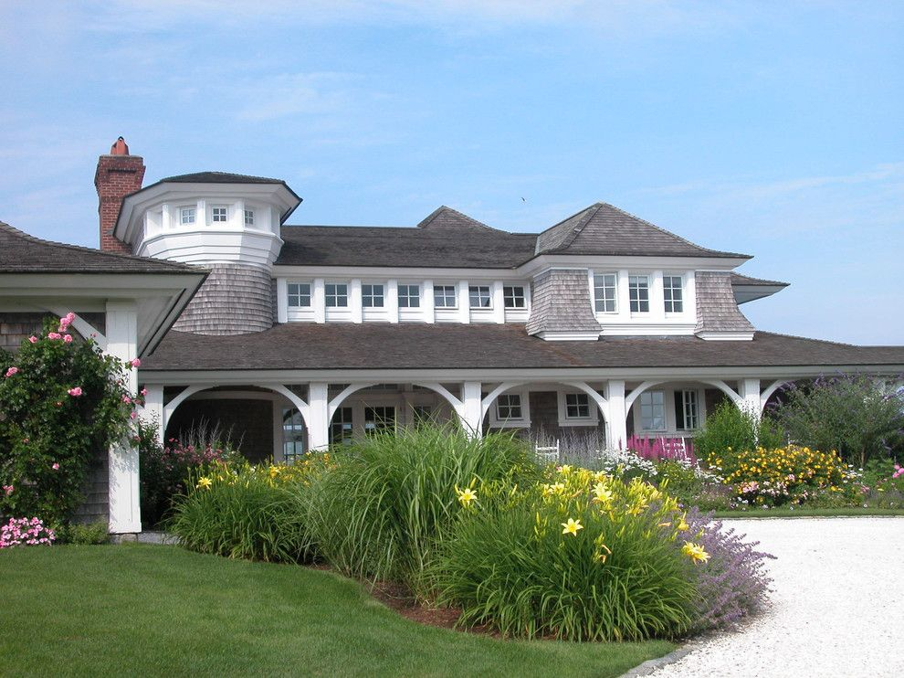 Cape Cod Lumber for a Victorian Exterior with a Gravel and Cape Cod Shingle Style by Meyer & Meyer, Inc.
