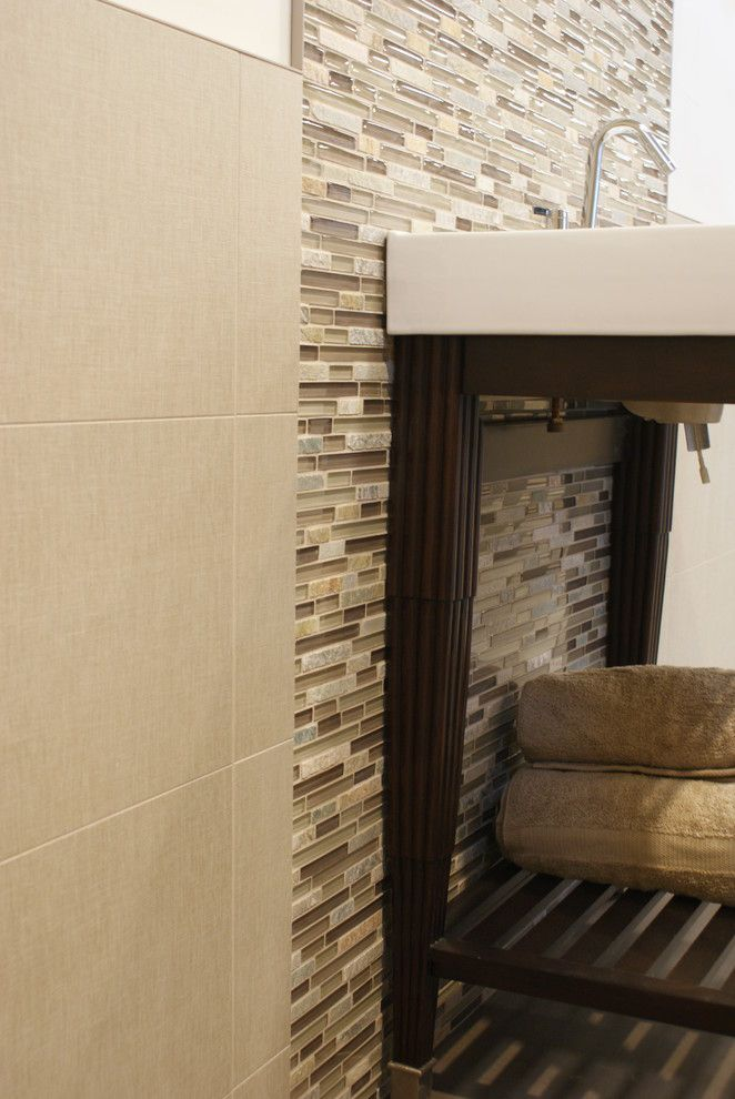 Ceramic Tileworks for a Contemporary Bathroom with a Linen Look Tile and Bliss Glass & Stone Mosaic by Ceramic Tileworks