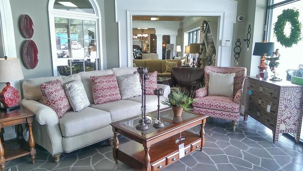 Chapin Furniture for a Transitional Living Room with a Contemporary and Gallery by Chapin Furniture Outlet Inc