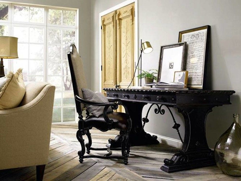 Chapin Furniture for a Transitional Living Room with a Victorian and Gallery by Chapin Furniture Outlet Inc