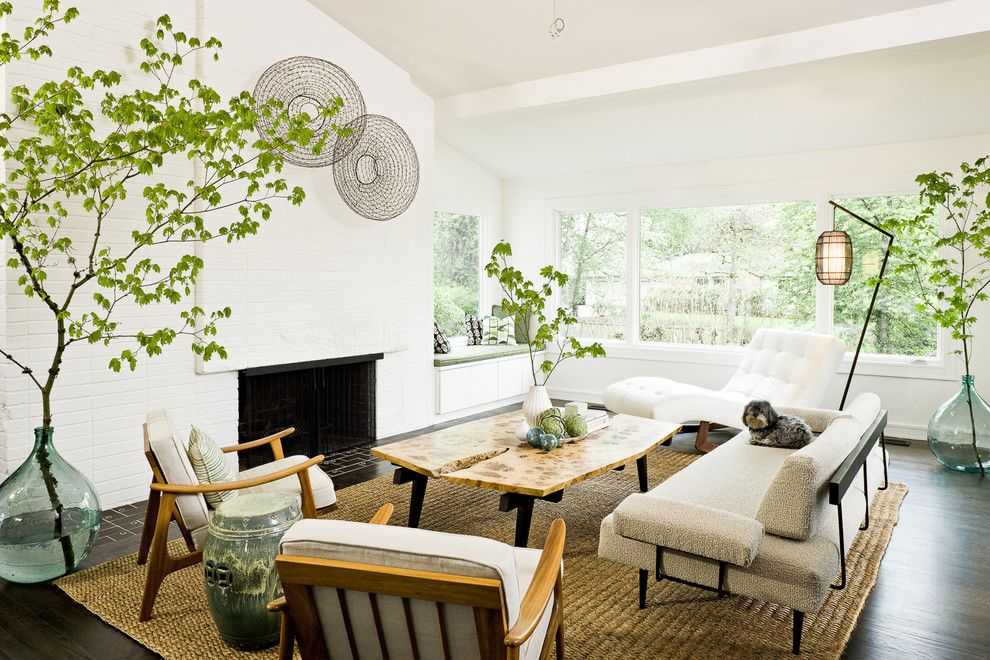 Chinese Pistachio Tree for a Midcentury Living Room with a Corner Windows and Homes Portfolio by Lincoln Barbour Photo