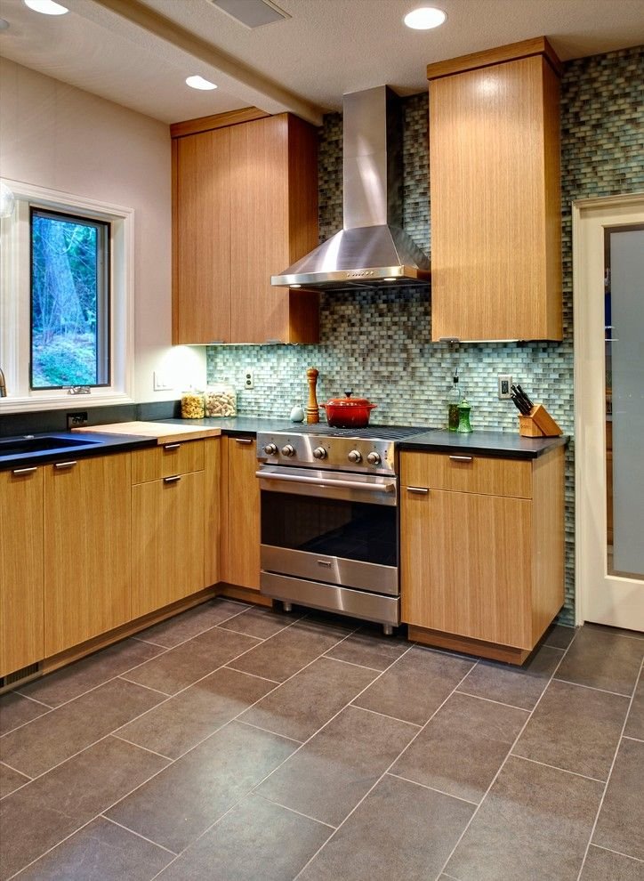 Chown Hardware for a Modern Kitchen with a Porcelain Floor Tile and Nw Portland by Holah Design + Architecture