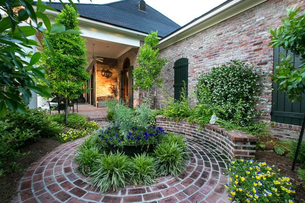Circlepix for a Traditional Landscape with a Red Brick House and Southern Trace Retreat by Terry M. Elston, Builder