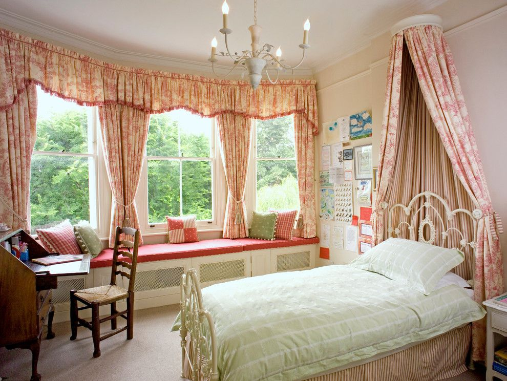 Colefax and Fowler for a Victorian Kids with a Interior Designer and Notting Hill House by Helene Dabrowski Interiors