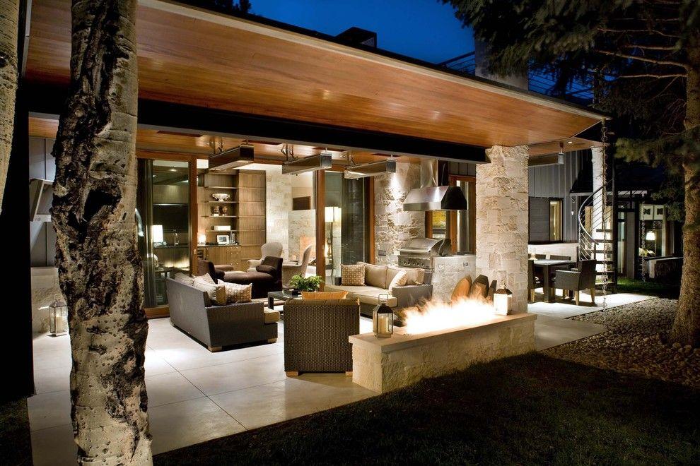 Cort Clearance Furniture for a Contemporary Patio with a Covered Patio and 1305 Ranch by Rowland Broughton Architecture & Urban Design