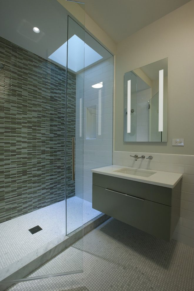 D Lawless Hardware for a Contemporary Bathroom with a Glass Tile and Bathroom by Dspace Studio Ltd, Aia