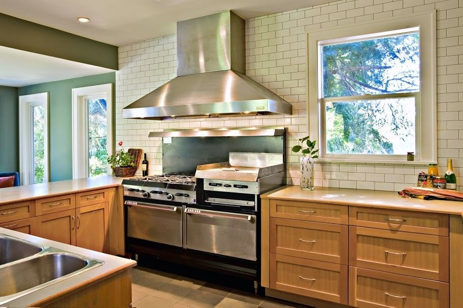 Daltile Seattle for a Traditional Kitchen with a Wood Cabinetry and Modern Kitchens by Mu 2 Inc.
