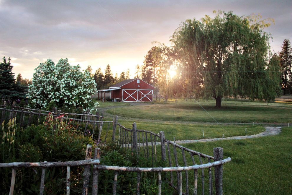 Danielle Fence for a Farmhouse Shed with a Modern Farmhouse and My Houzz: Spokane Farmhouse by Houzz.com