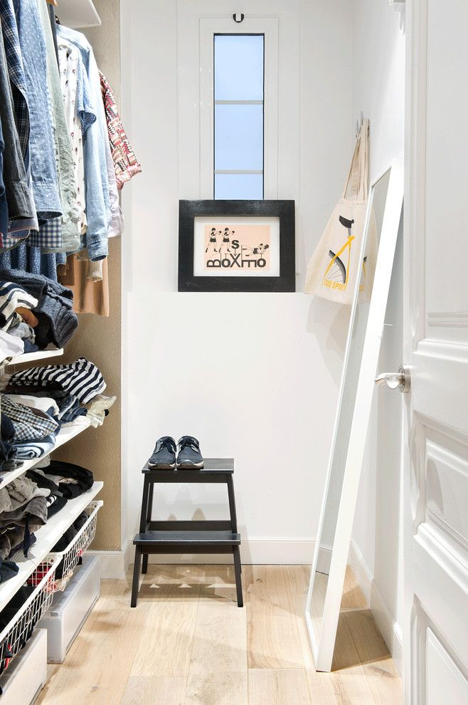 Decluttering for a Scandinavian Closet with a Barcelona and Sant Joan by Egue Y Seta