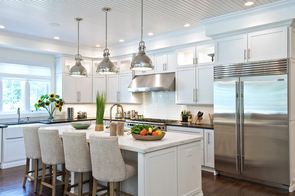 Decora Cabinets for a Traditional Kitchen with a Bar Stool and Wainscott South by Eb Designs