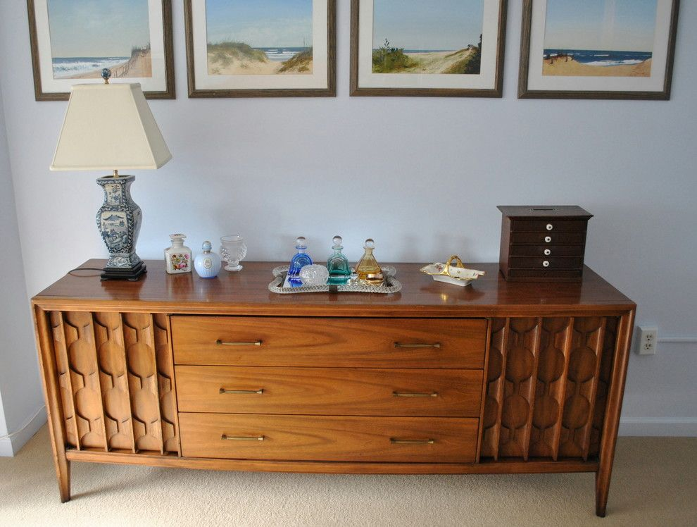 Delaware Auto Auction for a Midcentury Bedroom with a Chevron and Mid Century Modern Condo by Segal & Wilmot Interior Design