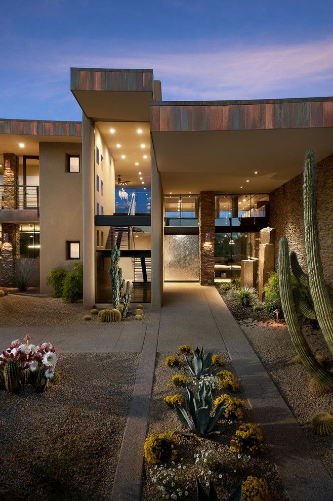 Desert Landscaping Ideas for a Southwestern Exterior with a Flat Roof and Sefcovic Residence by Tate Studio Architects