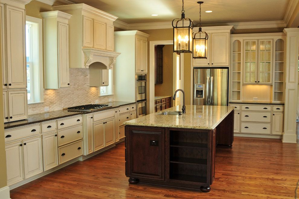 Dishnet Customer Service for a Traditional Kitchen with a Wood Cabinets and Jacksonbuilt Custom Homes by Jacksonbuilt Custom Homes