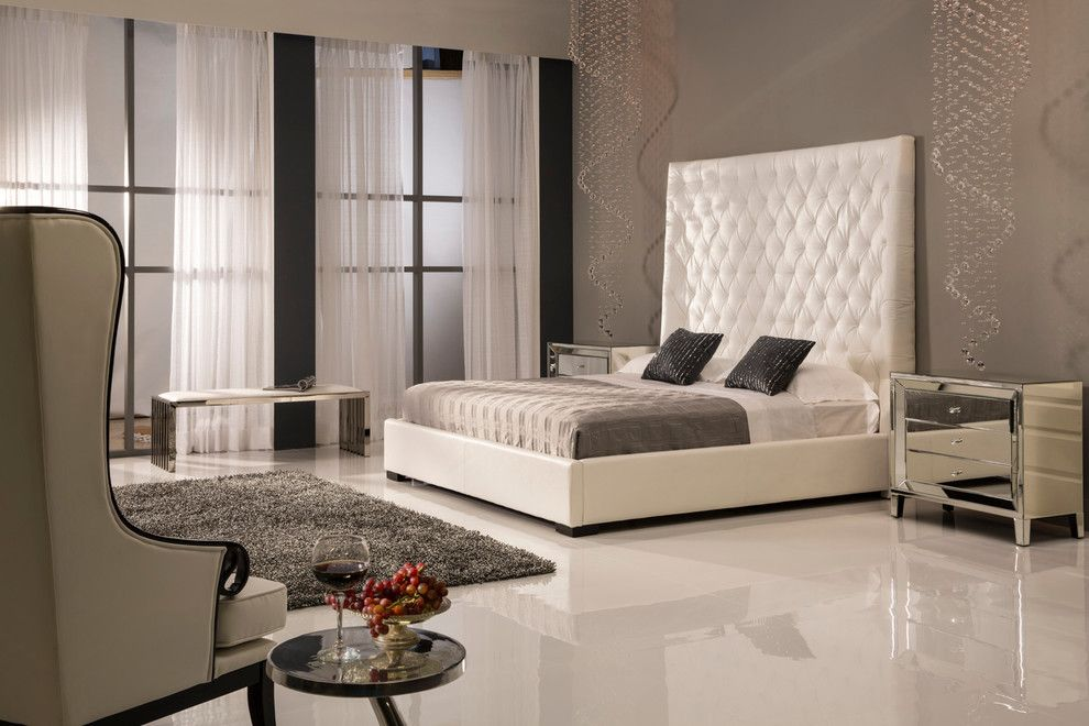 Dorado Furniture for a Modern Bedroom with a Bed and the Penthouse Bedroom by El Dorado Furniture