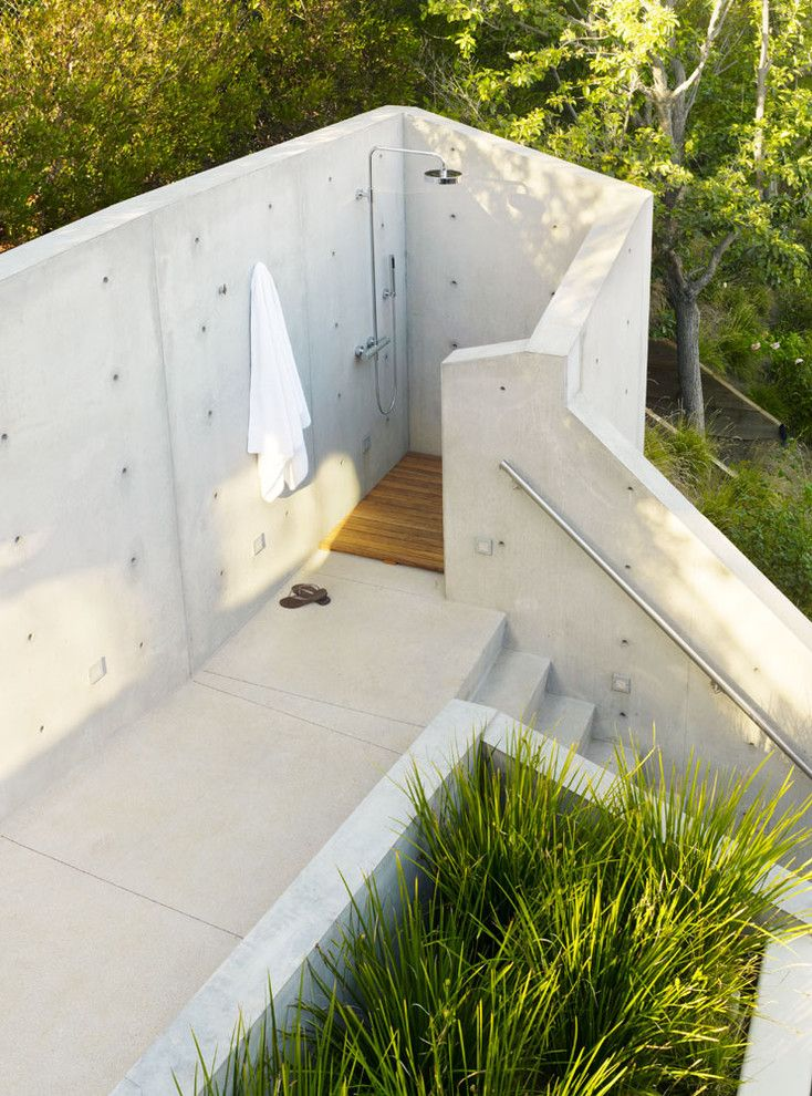 Dornbracht for a Modern Patio with a Planting Bed and Outdoor Shower by Rockefeller Partners Architects