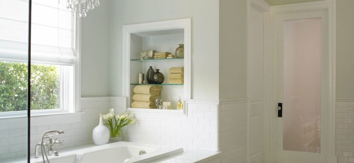 Dunn Edwards Paint for a Traditional Spaces with a 3x6 Subway Tile and California Traditional by Dunn-Edwards Paints