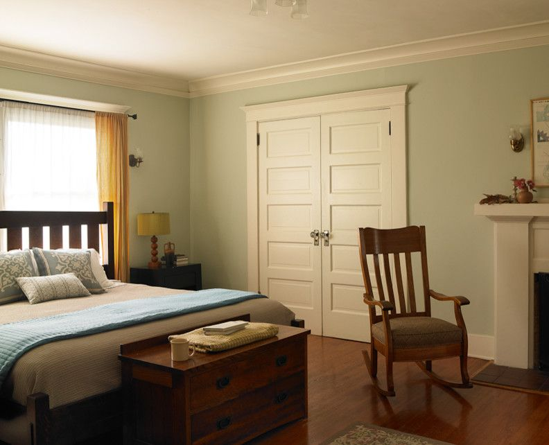 Dunn Edwards Paints for a Craftsman Bedroom with a Paint and Craftsman Bungalow by Dunn Edwards Paints