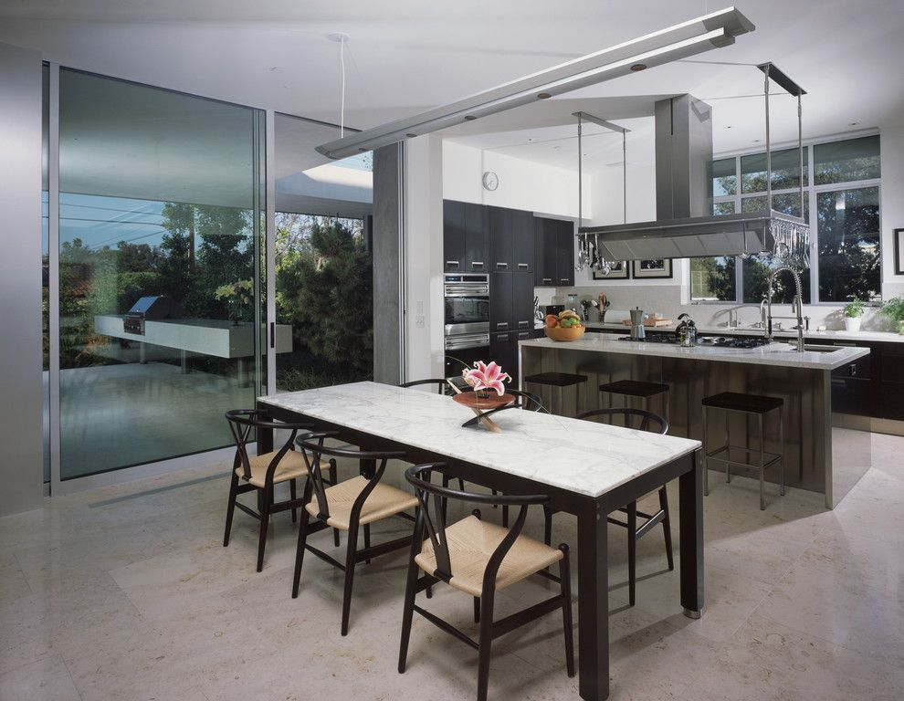 Ehrlich Architects for a Modern Dining Room with a Open Floor Plan and Boxenbaum Residence by Ehrlich Architects