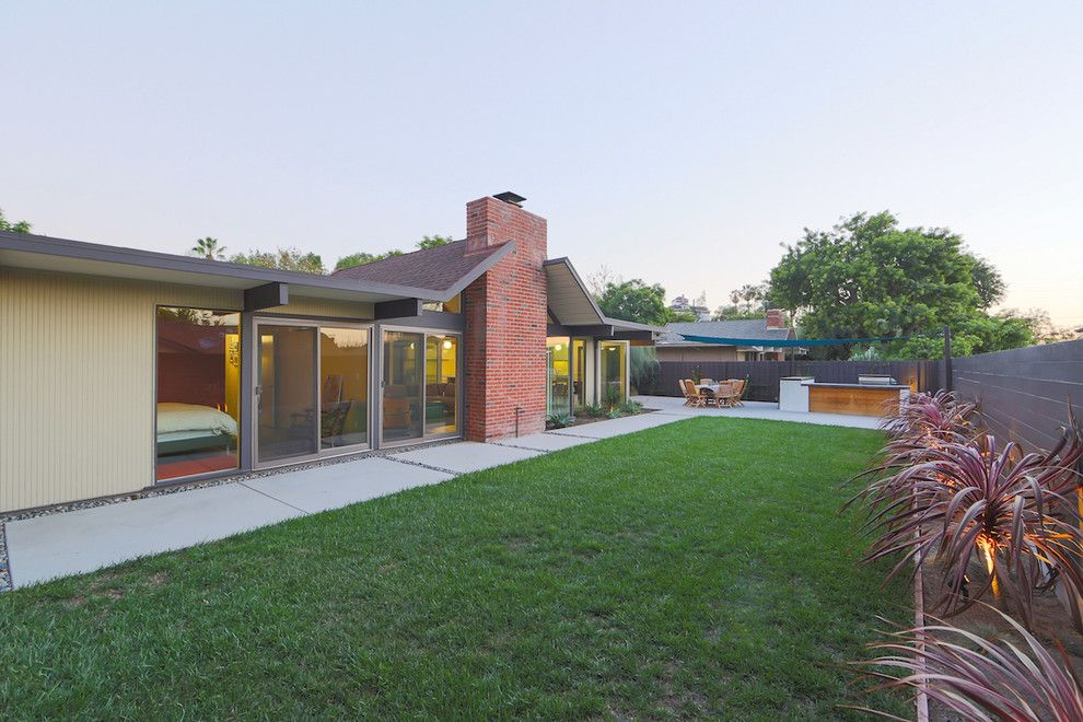 Eichler Homes for a Midcentury Patio with a Eichler Real Estate and Jones and Emmons Eichler Home by Better Living Socal